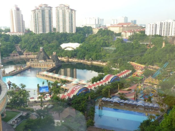 Sunway Lagoon is an 88-acre amusement park complete with rides and amusements that attracts people of all ages. It is located in in Petaling Jaya in Peninsular Malaysia.