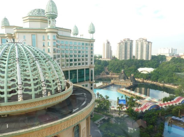 Sunway Lagoon is an 88-acre amusement park complete with rides and attractions located in Petaling Jaya in Peninsular Malaysia.