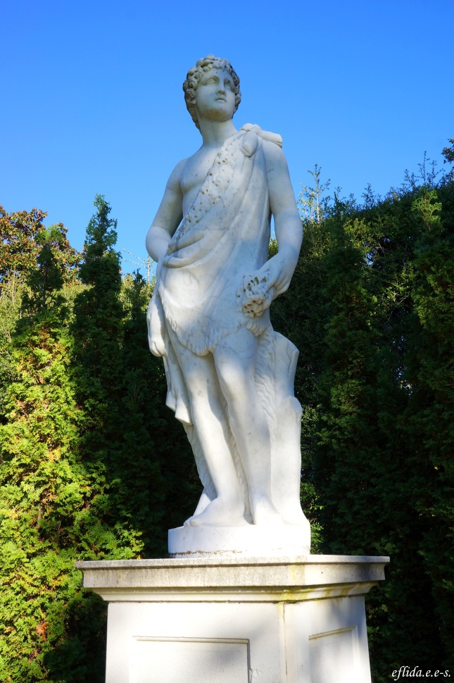 A statue at Tryon Palace and Gardens in New Bern, North Carolina.