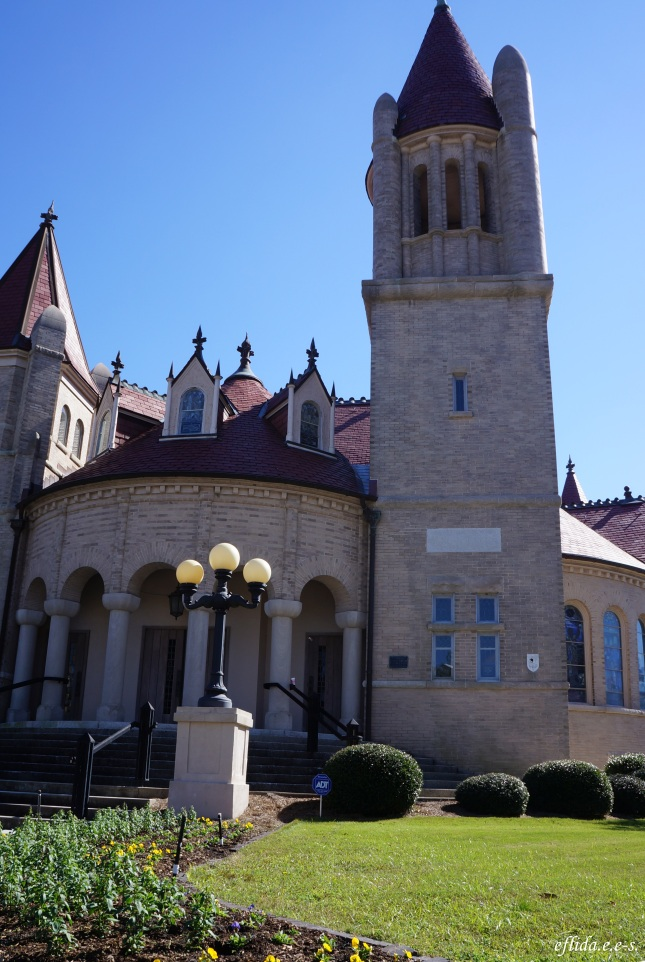 The Centenary Methodist Church in New Bern, North Carolina as mentioned in the book The Notebook by Nicholas Sparks.