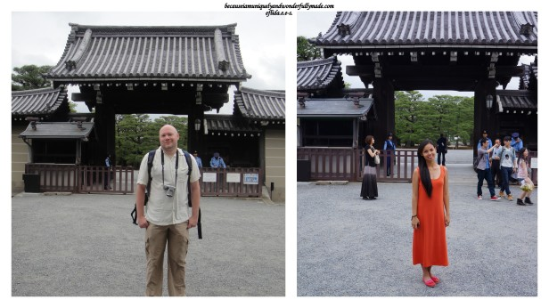 Hubby and I were stuck outside the gate of the Kyoto Imperial Palace. The Palace Grounds is open to public BUT not the palace itself which can only be entered through a guided tour held by the Imperial Household Agency.