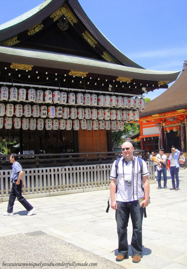 Hubby in front of the Buden Stage at Yasaka-Jinja 八坂神社 in Gion, Higashiyama in Kyoto, Japan.