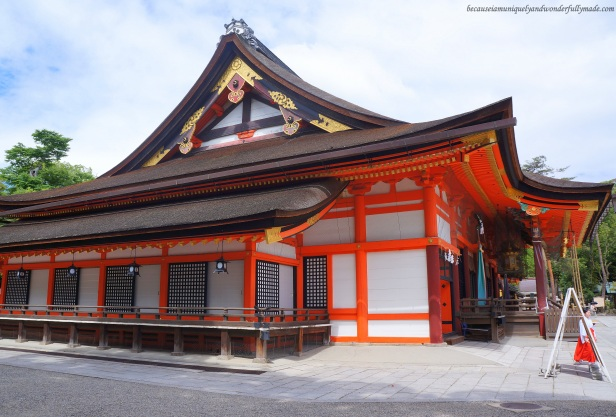 The Main Hall of Yasaka-Jinja 八坂神社in Gion, Higashiyama in Kyoto, Japan is called yasaka-jinja honden. It  is said to be a rare building in the shinden-zukuri Yoshiki or the Gion-zukuri style which is only used for aristocrats.