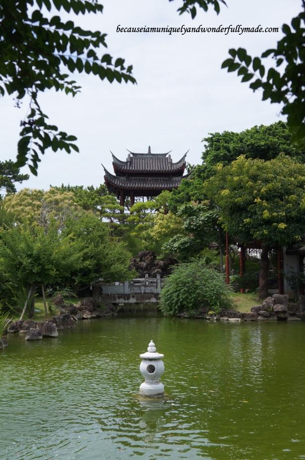 A pavilion at Fukushuen Garden 福州園 in downtown Naha 那覇市 Okinawa 沖縄本島, Japan 日本国.