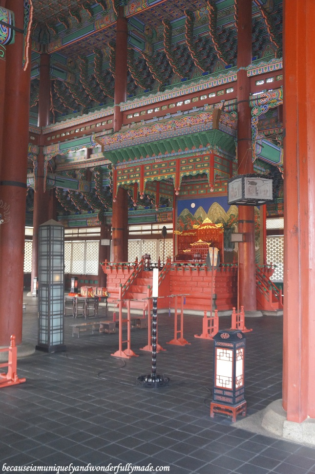 The throne inside  Geunjeongjeon Hall 근정전 at Gyeongbokgung Palace 경복궁 in Seoul, South Korea.