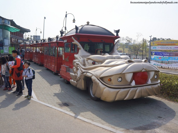 Hwaseong Train Tourist, a dragon train that travels between Paldalsan Mountain and Yeonmudae in Hwaseong Fortress [UNESCO World Heritage] (수원 화성 [유네스코 세계문화유산]) – Suwon 수원, South Korea.