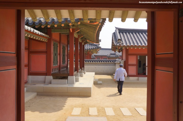 Our Korean tour guide, Mr. Mark, leading the way at Hwaeseong Haenggung Palace 화성행궁 – Suwon 수원, South Korea