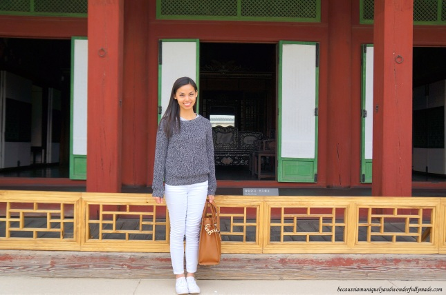 Standing in front of the Daejojeon Hall (Queen's chamber) 대조전 at Changdeokgung Palace 창덕궁 in Seoul, South Korea.