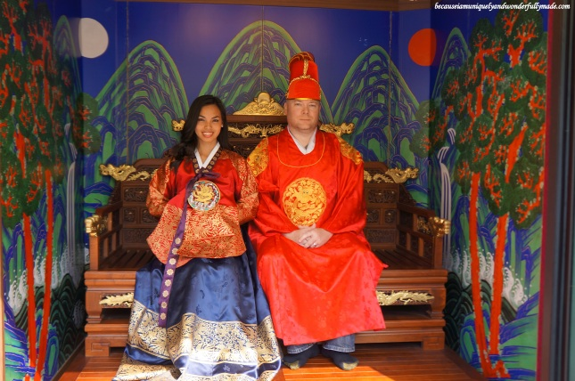 At the photo booth at Gwanghwamun Square (광화문광장) - Seoul, South Korea that offers free photo shoot while wearing the traditional Korean clothing (Hanbok).