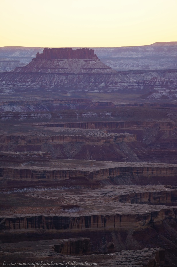 The details of the slightly snow-dusted canyon at Green River Overlook at Canyonlands National Park started to show when the sun was setting down.