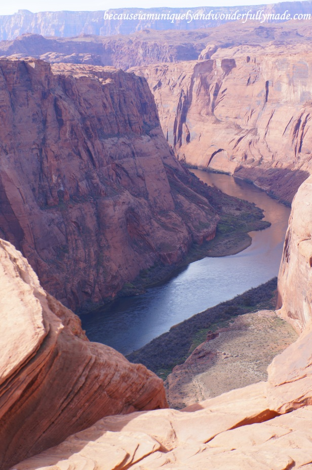 The view of the Colorado River overlooking from the Horseshoe Bend in Page, Arizona.