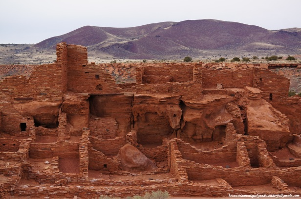 Wupatki settlement overlooks a stunningly beautiful desert.