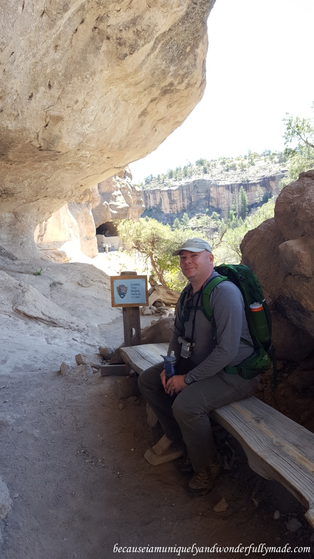 Waiting in line for the park ranger to give us a tour of Gila Cliff Dwellings.